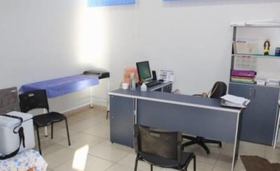 Equipo de USF se instala en la clínica universitaria de la UPE
