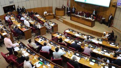 Senado fijará fecha para sesionar y no descarta analizar desafuero de Bajac