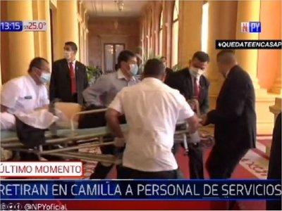 Funcionario del área de Servicios se descompensó en Palacio de López