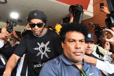 Millonaria fianza permitió que Ronaldinho abandone la prisión