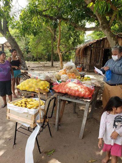 Voluntarios organizan ollas populares en asentamientos y comunidades indígenas