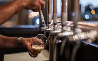 HOY / Fabricantes de cerveza artesanal también cuestionan prohibición de delivery de bebidas
