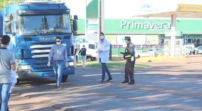 Fiscala ndoikuaái la ley: atajó camión repartidor