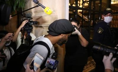 HOY / Una cuenta de Ronaldinho en Europa, origen de la fianza para dejar la cárcel