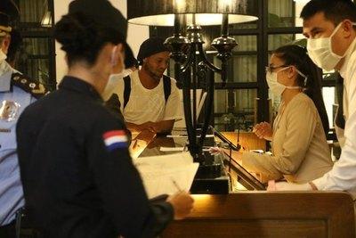 Costos y lujos del hotel en Asunción exclusivo para Ronaldinho y su hermano