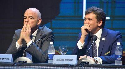 CONMEBOL pide ayuda a FIFA y adelanta dinero a sus asociaciones
