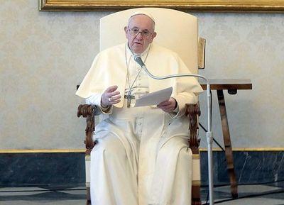 El Papa crea comisión para evaluar diaconato a mujeres