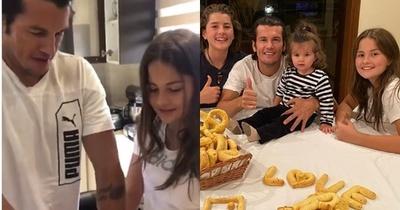 Nelson Haedo preparó chipa en compañía de sus hijos