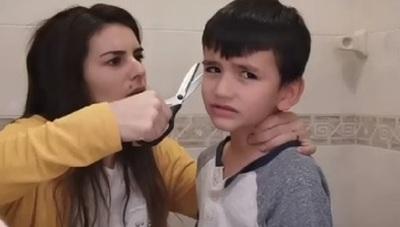 Amparo Velázquez decidió cortarle el pelo a su hijo
