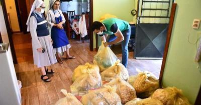 Itaipú entregó kits de alimentos en Alto Paraná