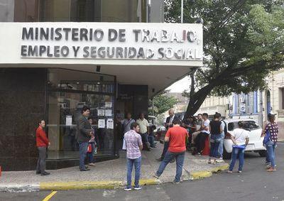COVID-19: Más de 1.300 empresas presentaron suspensión de actividades al ministerio de Trabajo