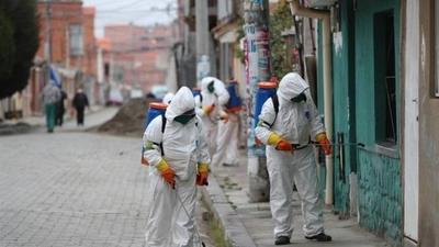 HOY / Bolivia aprueba tobilleras eléctricas para controlar a sospechosos de COVID-19