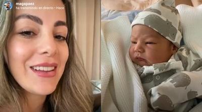 Maga Páez hizo una transmisión en vivo, presentando a su hijo desde el hospital