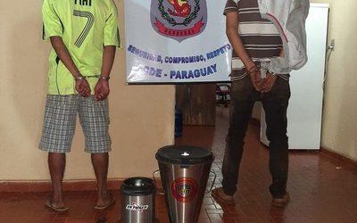 Detienen a delincuentes que robaron licuadora de local comercial