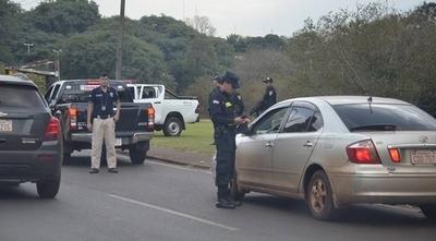 HOY / Intensifican controles para detener a infractores de cuarentena que viajaron al interior del país