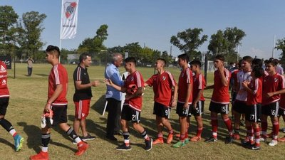 River Plate buscará talentos a través del WhatsApp