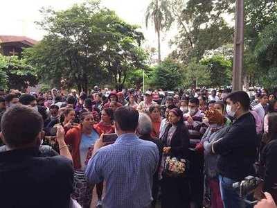 """Ciudad del Este: """"Tenemos hambre"""", dicen pobladores y salen a manifestarse por alimentos"""