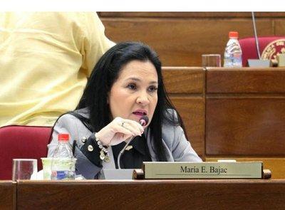 María Eugenia Bajac deja de ser senadora