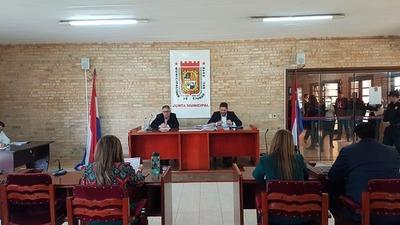 "Intendente de CDE realiza ""CAMPAÑA SUCIA"" para coaccionar a CONCEJALES"