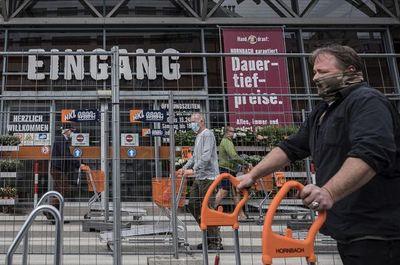República Checa y Austria suavizan confinamiento