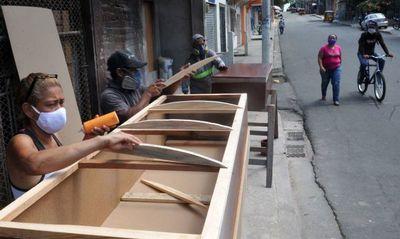 El calvario de buscar a los muertos en Guayaquil