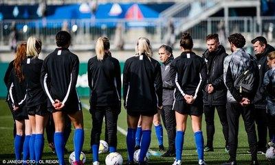 El coronavirus, una 'amenaza casi existencial' para el fútbol femenino