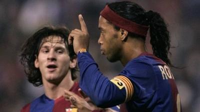 """HOY / """"Durante par de temporadas Ronaldinho fue igual o mejor que Messi"""""""