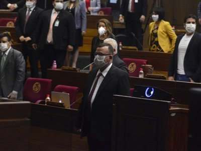 Diputados: Asumió Vicente González Dans como suplente de Cuevas