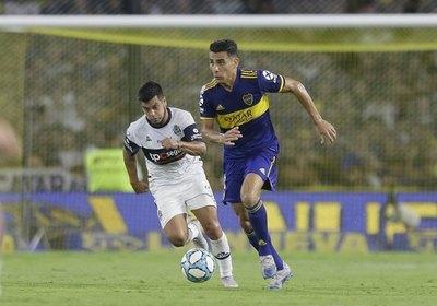 Boca quiere un permiso especial para Junior Alonso