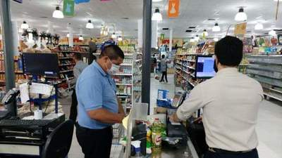 Realizan controles en supermercados