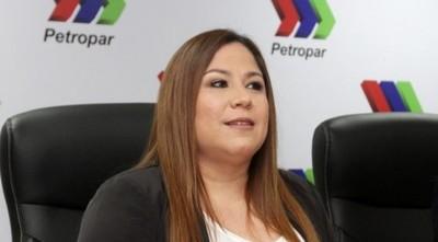 Según Patricia Samudio, titular de Petropar, agua tónica es efectiva contra el coronavirus
