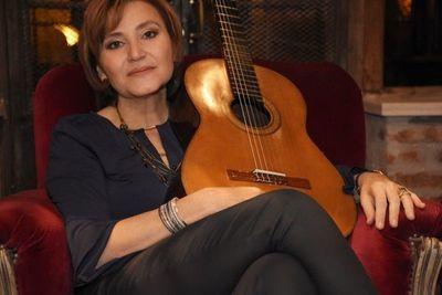 "Berta Rojas invita a ""Renacer"""