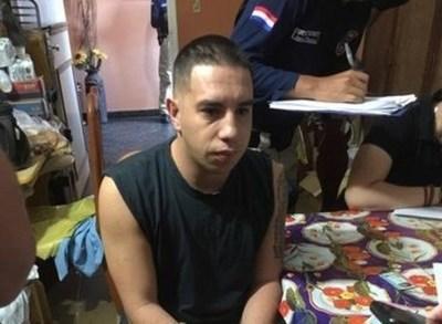 Caso Ronaldinho: jueza decreta prisión preventiva para hijo de funcionario de Migraciones