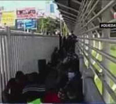 200 compatriotas en el Puente de la Amistad sin poder entrar al país