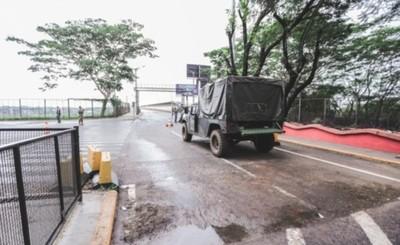 Casi 200 compatriotas ingresaron por el Puente de la Amistad el martes