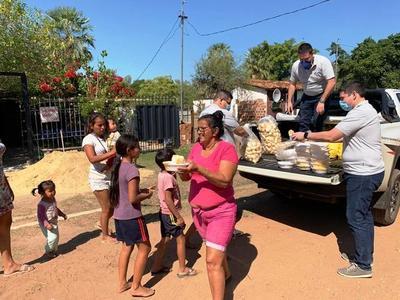 Olla popular beneficia a asentamiento y a comunidad indígena de Luque •