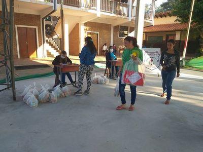 Distribuyen merienda escolar en Ayolas