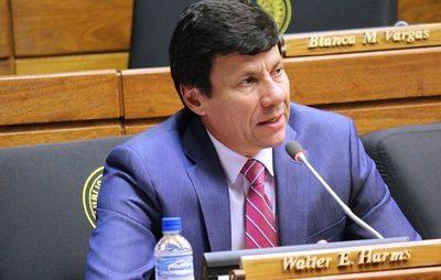Renuncia de Samudio se dio como consecuencia de la presión ciudadana, refiere diputado