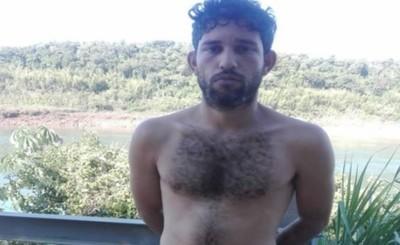 Cruzó el Río Paraná nadando y fue detenido en el Paraná Contry Club