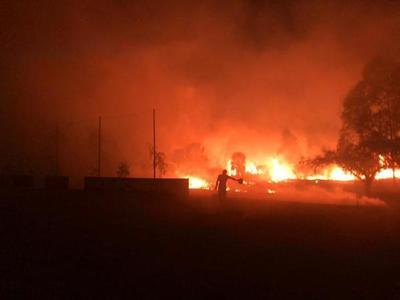 Reportan incendio de grandes proporciones en Limpio