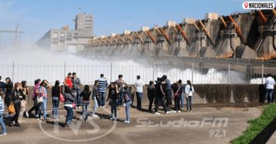Turismo cerrará abril con cifras en cero, afirma titular de la Senatur