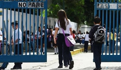 HOY / Por falta de pago de cuotas, varios colegios privados cerraron sus puertas