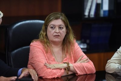 Diputado pedirá juicio político a Sandra Quiñónez por el caso Salum
