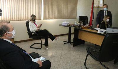 Juez dispuso arresto de la exsenadora María E. Bajac