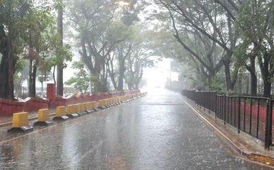Anuncian un domingo con lluvias al final de la jornada