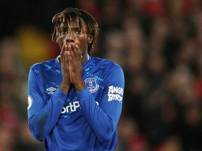 Everton pide disculpas por el desliz de su futbolista Moise Kean