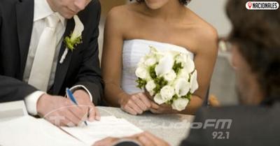 Tras caso de «boda cheta», pedirán informes sobre casamientos celebrados durante cuarentena