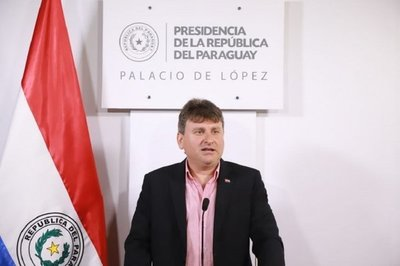 Denis Lichi asumiría titularidad de Petropar