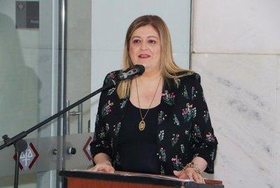 Añetete rechaza juicio a Sandra Quiñonez y el plan queda cerrado