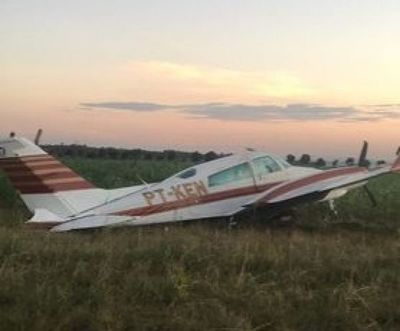 Abandonan avioneta con matrícula brasileña
